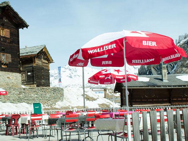 Création et hébergement du site de la Pension du Lac Bleu à Arolla, Valais suisse